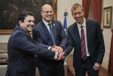 Latam confirma 59 voos extras para o RJ em reunião no Palácio Guanabara