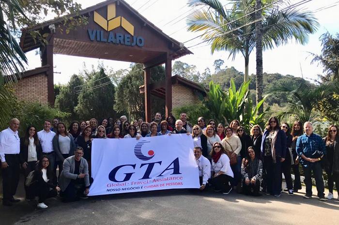 Profissionais do Rio de Janeiro (RJ) e do Norte do Paraná foram treinados no Hotel Acalanto do Vilarejo e no Costão do Santinho.