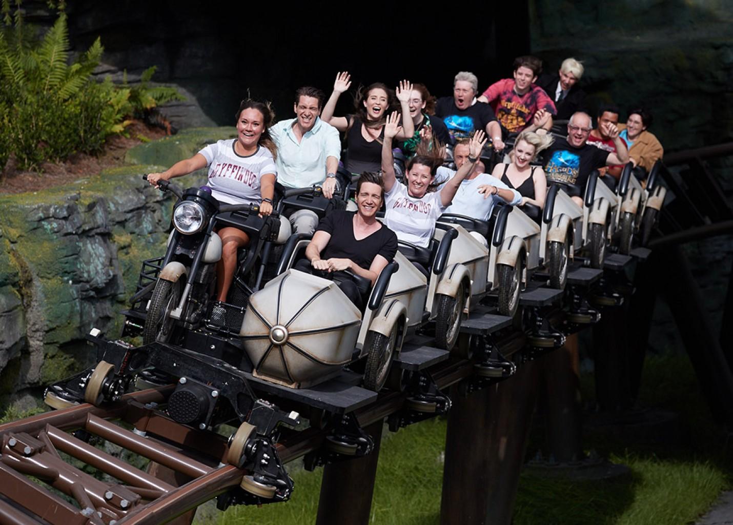 Universal inaugura Hagrid's Magical Creatures Motorbike Adventure em Orlando