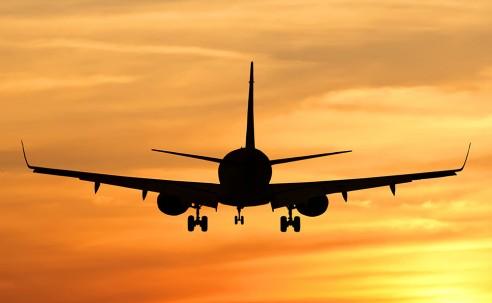 Preço das passagens aéreas cai 16% em 2019, diz IBGE