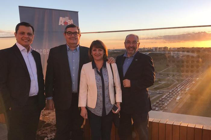 Carlos Barbosa, da ATA Brasil; Rosmário Santa Cruz, da RIU Resorts; Angela Martinez, da Barceló; e Jorge Castillo, da Divi Resorts