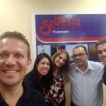 Cristiano Placeres e Alexandre Ramos  visitando a Agência Solfesta
