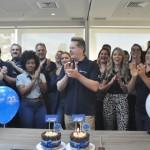 Os convidados celebraram os 27 anos de Trend com um bolo e parabéns