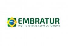 Embratur discute futuro do turismo brasileiro com ex-secretário geral da OMT