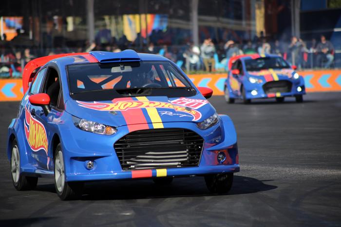 Atualmente, o show conta com o mais moderno projeto de veículos construídos com objetivo de tornar o espetáculo ainda melhor