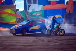 Beto Carrero World bate recordes com espetáculo Hot Wheels Epic Show
