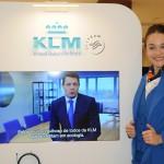 """KLM trouxe até os """"comissários de bordo"""" para o Pop Up Store"""