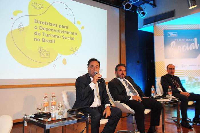 MTur lançou Guia do Turismo Social durante o evento