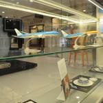 Maqueles e louças utilizadas pela KLM a bordo podem ser conhecidas pelos cariocas