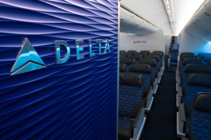 O Delta modifica políticas para atender passageiros durante a pandemia
