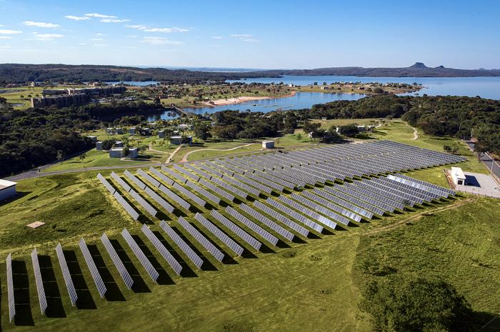 Parque solar construído dentro do empreendimento se torna a maior instalação fotovoltaica do estado do Mato Grosso e produzirá 350.000 KWH mensais de energia limpa renovável