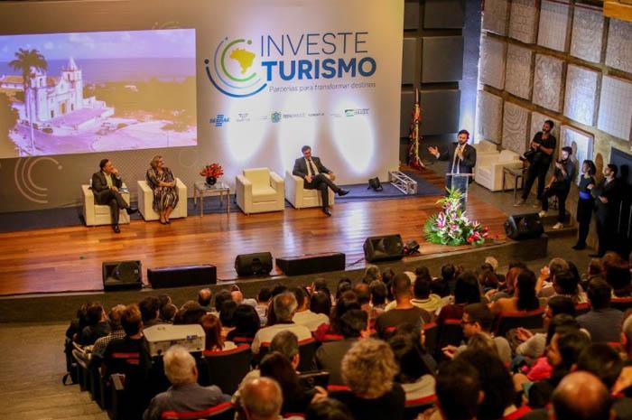 Recife recebeu equipe do Investe Turismo nesta segunda-feira Foto: (Chico Andrade/Setur-PE)