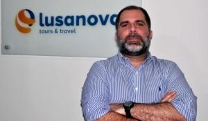 Com Sérgio Vianna, Lusanova busca aproximação com agências
