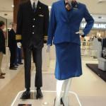 Uniformes utilizados pelos comissários da KLM também estão expostos no espaço