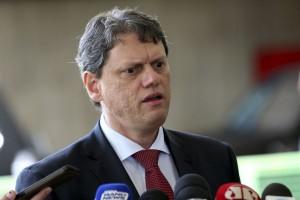Ministro da Infraestrutura prevê queda no preço das tarifas aéreas já este ano