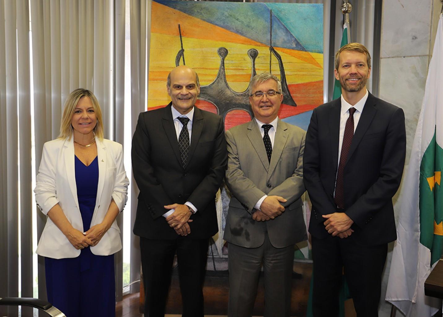 Latam celebra chegada de três novos voos internacionais a Brasília