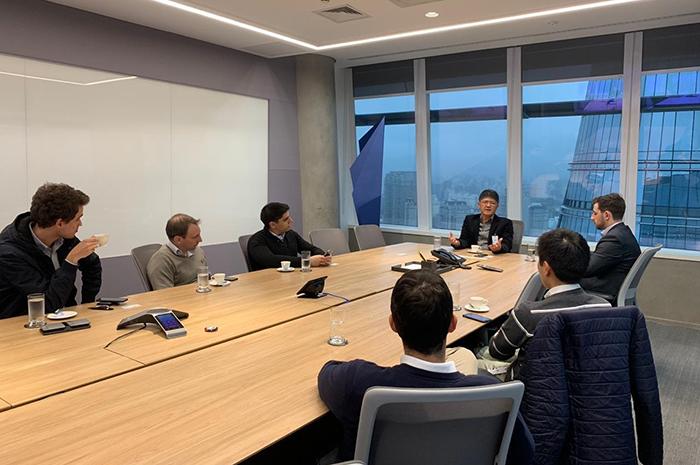 A convite da XP Investimentos e da UBS Brasil, a Abracorp participou de reuniões com gestores do mercado financeiro