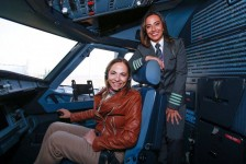 SKY se compromete a aumentar a contratação de mulheres pilotos até 2022