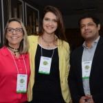 Ana Paula Azevedo, da Sedetur Alagoas, Sandra Chiamulera, do Guarujá CVB, e Fabio Santos, secretário Adjunto de Turismo do Guarujá