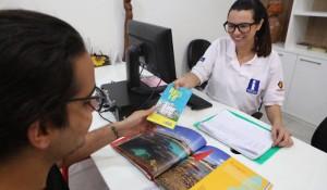 Pernambuco prorroga inscrições para seleção de atendentes bilíngues dos CATs