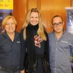 Celene e Viviane Fernandes com Fabio Rocha, da Nice Via Apia