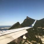 Cristo Redentor, ao fundo, esteve no cenário do voo de estreia da Azul na Ponte Aérea