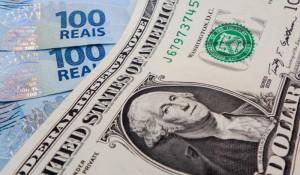 Mercado prevê queda menor no PIB e dólar a R$ 5,20
