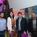 Debora Prass, da Imaginadora, entre Diego Rydz, João Nou, e Sergio Santos, do Grupo YSA