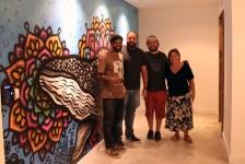 Sede brasileira da Norwegian ganha painel inspirado no oceano