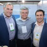 Mauricio Xavier, da CVC Corp, Edson Akabane, da Visual Turismo, e Rogério Mendes, da CVC Corp