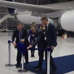 Momento da revelação das mudanças nas aeronaves da Latam Brasil