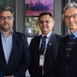 Roberto Nedelciu, presidente da Braztoa, Assis Leite, presidente da Avirrp, e Marco Ferraz, presidente da Clia Abremar