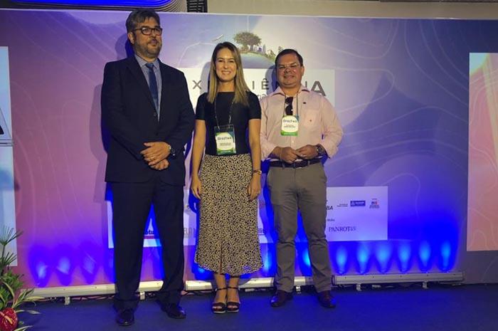Roberto Nedelciu, presidente da Braztoa; Cristiane Muller, Sectur - MA; e Catulé Junior, secretário de estado do turismo;