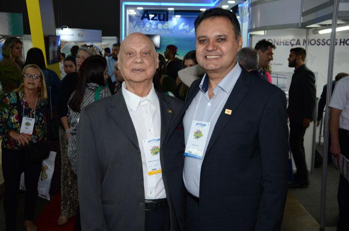 Rosivaldo Aziz Illipronti, ex presidente da Avirrp, e Assis Leite, presidente da Avirrp