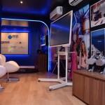 O espaço da Sala Imersiva da R11 conta com diversas atividades