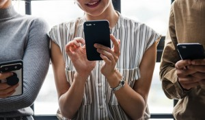 Mulheres da Geração Z são mais influenciadas pelo Instagram ao planejar viagem