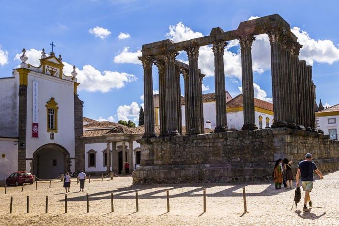 Templo Romano em Evora - crédito Turismo do Alentejo