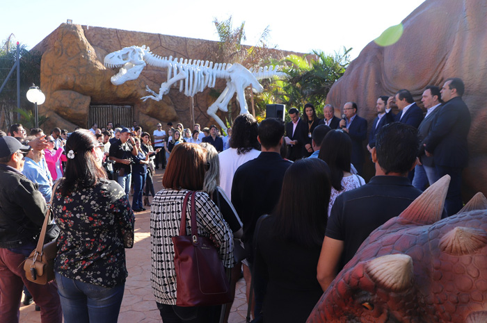 Vale dos Dinossauros Olímpia - Inauguração