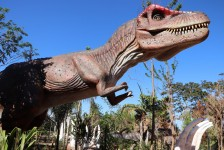 Vale dos Dinossauros é inaugurado em Olímpia (SP)