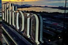 Hilton lança programa com práticas seguras focadas em reuniões e eventos
