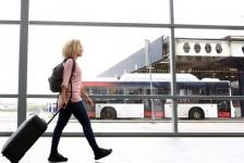 Parceria entre Elo e ClickBus garante desconto na compra de passagens online