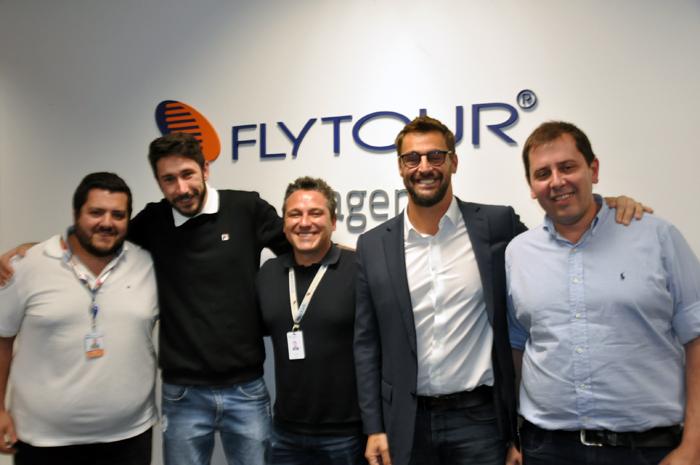Gabriel Bastos, gerente de Marketing; Leonardo Kovaski, Marketing Tech; Augusto Velazquez, Planejamentos e Projetos; Fabio de Oliveira, Diretor Executivo e Eduardo Matarazzo da Flytour Viagens