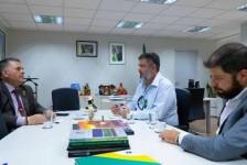 Embratur firma parceria para a promoção do turismo de pesca no Brasil