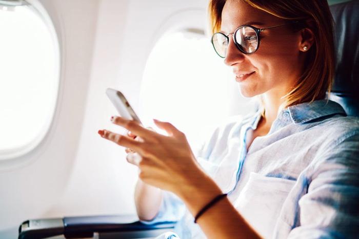 Em voos da Alitalia é possível estar sempre conectado ; Clientes das classes Magnifica e Econômica Premium recebem um voucher de 10 MB sem custos adicionais