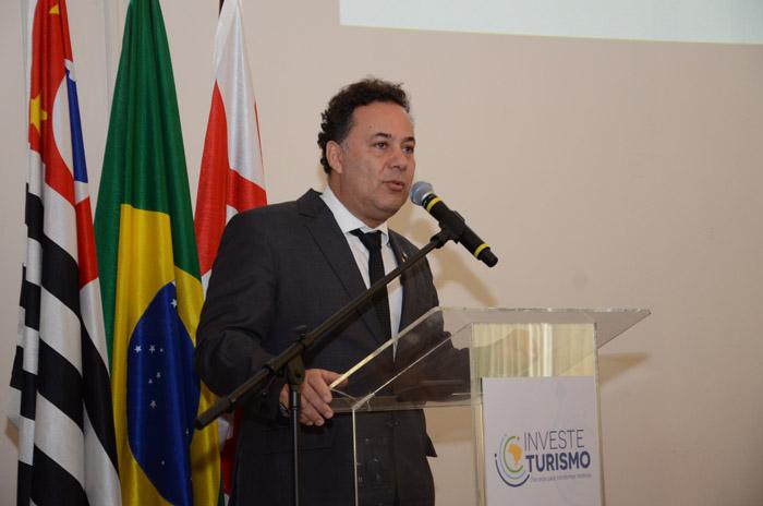 Aluizer Malab, deixou o cargo de secretário de Desenvolvimento e Competitividade do Turismo