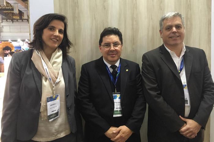 Ana Biselli Aidar, Sérgio Souza e Ricardo Domingues, da ABR
