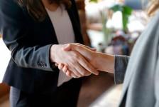 Empregos: Dreamland abre nove vagas em diversas áreas