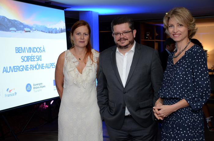 Corinne Renard, diretora de promoção do Escritório de Turismo de Auvergne Rhône-Alpes, Brieuc Pont, Cônsul Geral da França e Carolina Putnoki, diretora da Atout France
