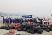 SeaWorld leva agentes para ação de preservação ambiental em Guarujá (SP); fotos