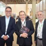 Daniel Guijarro, entre David Brito e Jose Carlos Souza, da Magna Brasil